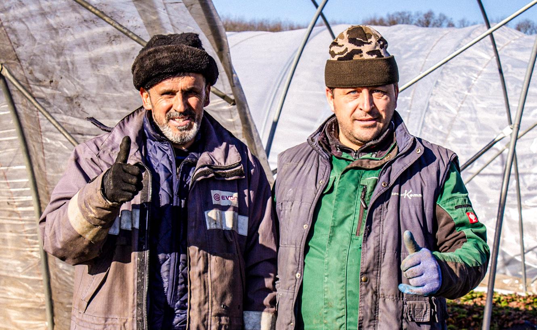 fremdsprachige, mehrsprachige Unterweisungen für Saisonarbeiter